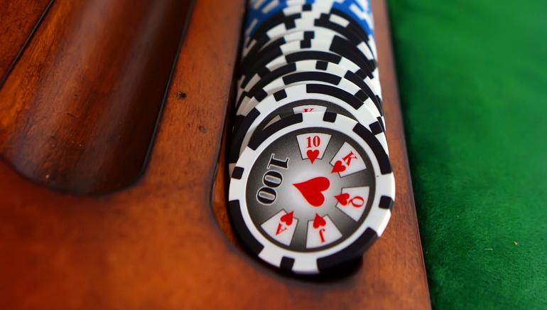Kuinka tulla pokerin ammattilaiseksi